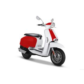 Lambretta Scooter V125 special two-tone