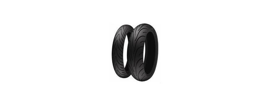 Neumáticos para moto y scooter. Tienda online