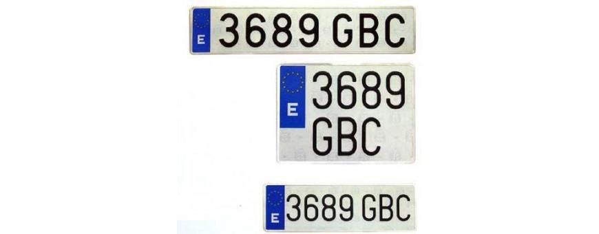 Accesorios varios y placas matrícula